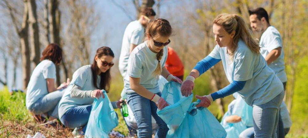 """Une opération de nettoyage citoyen pour la """"Marche Verte"""""""